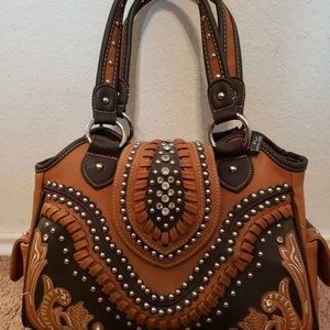 BROWN CONCEALED CARRY PURSE